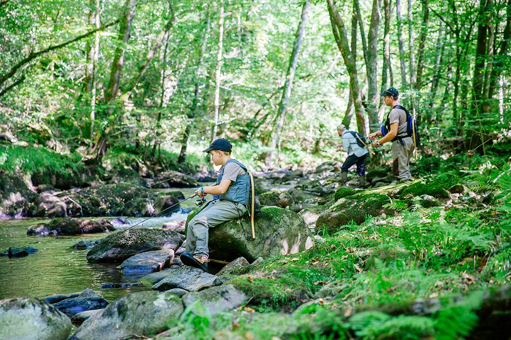 S'évader et se ressourcer en pleine nature - La pêche ©Les Conteurs