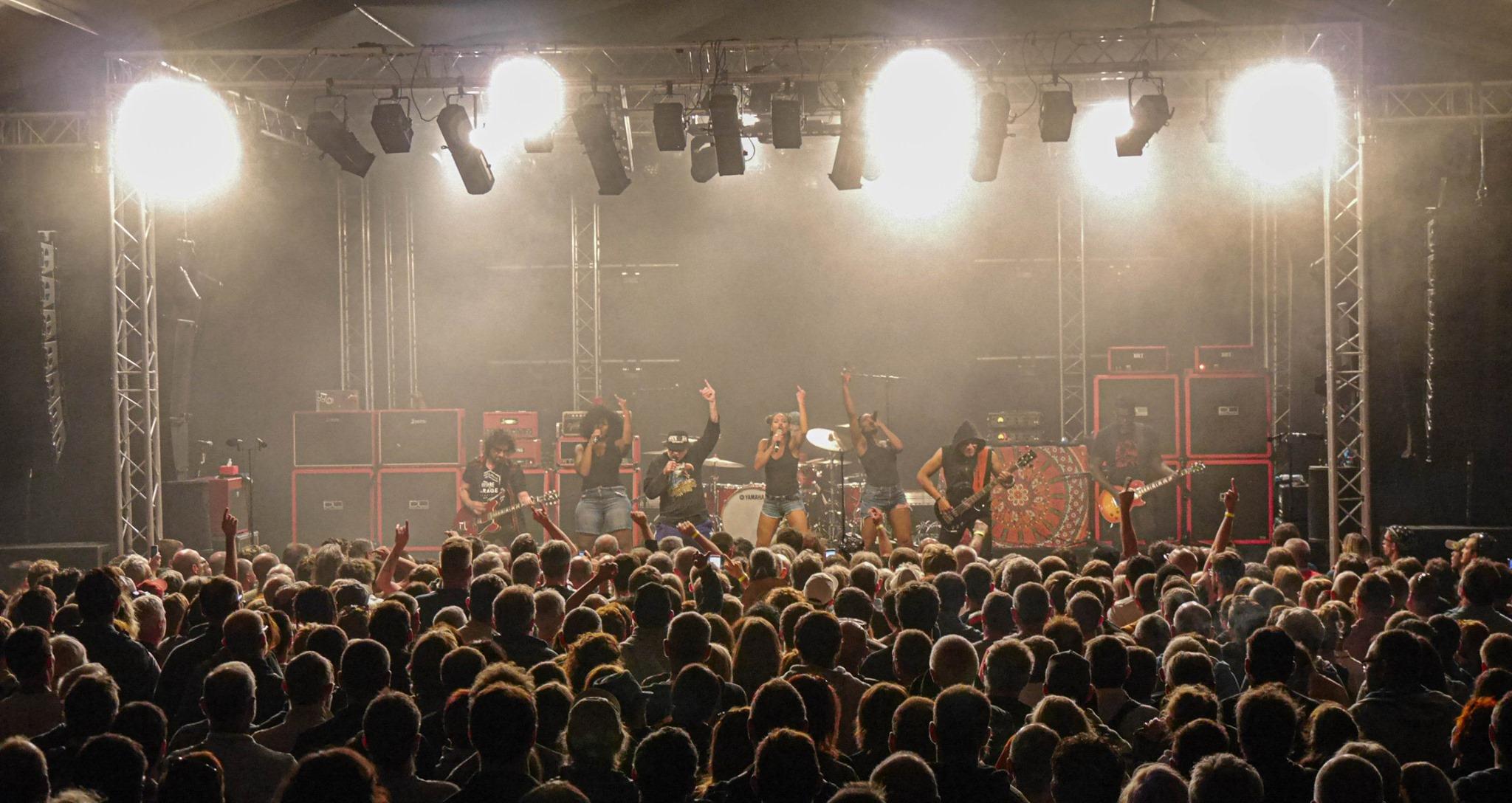 Chanteix - Festival aux Champs - Trust ©OT Tulle en Corrèze