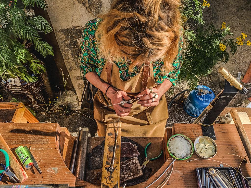 Au fil des créations - Lili Fleygnac ©Marie Frayssinet