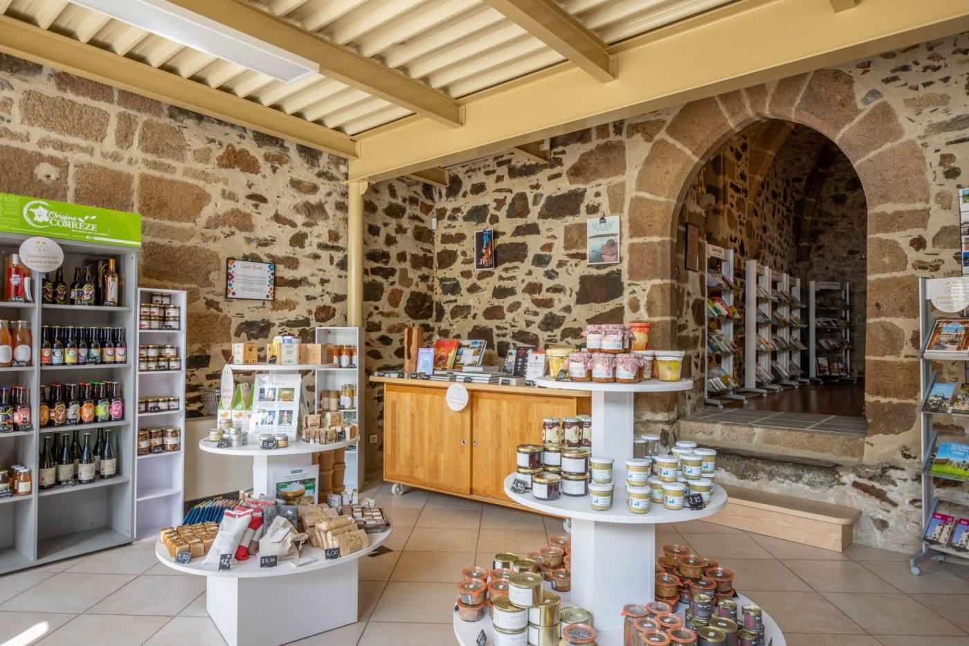 Boutique - Office de Tourisme de Tulle ©OT Tulle en Corrèze